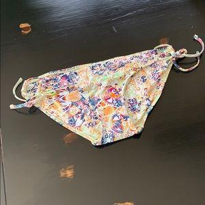 B. swim bikini bottoms NWT m